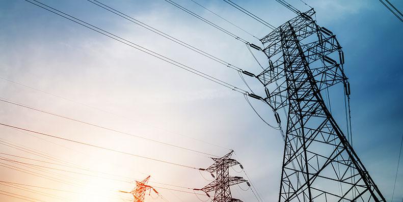 Spotprisen oppdaterer seg hver time og det er store forskjeller på hva strømleverandørene tar i påslag. Hos Bytt.no kan du sammenligne alle 389 strømavtaler fra 93 strømleverandører